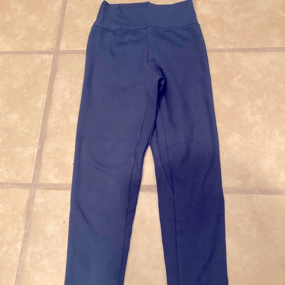 P Tula Pants Jumpsuits Ptula Active Leggings Poshmark In this huge ptula active review, i am giving my honest thoughts on ptula leggings and sports bras and how they hold up! poshmark